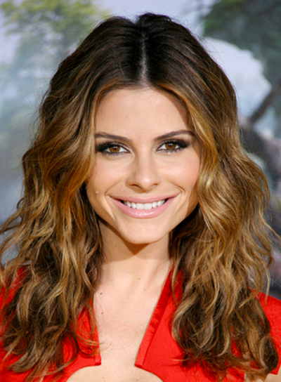 Maria Menounos' Long, Brunette, Wavy, Party Hairstyle