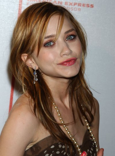 Mary-Kate Olsen Medium-Length, Layered Hairstyle
