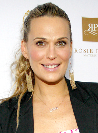 Molly Sims' Long, Blonde, Curly, Ponytail Hairstyle