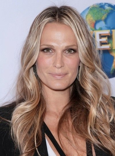 Molly Sims Long, Wavy, Sexy, Blonde Hairstyle with Highlights