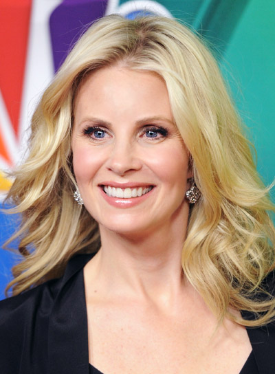 Monica Potter with a Medium, Curly, Blonde, Romantic Hairstyle Pictures