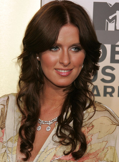 Nicky Hilton Romantic, Brunette, Curly Hairstyle
