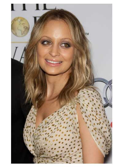 Nicole Richie Long, Blonde, Wavy Hairstyle