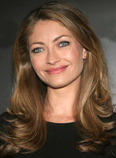 Rebecca Gayheart Long, Wavy Hairstyle