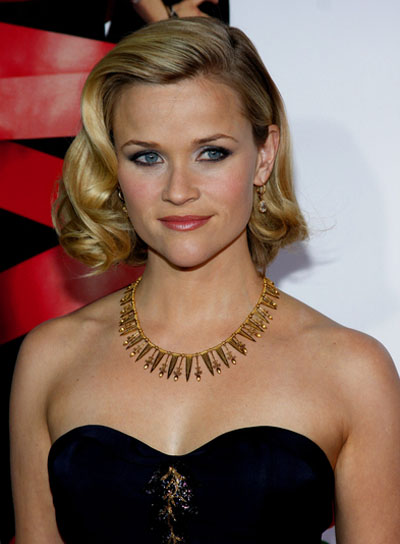 Reese Witherspoon Blonde, Curly Bob