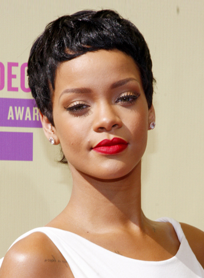 Rihanna's Short, Black, Chic, Sophisticated Hairstyle