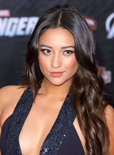 Shay Mitchell's Long, Sexy, Brunette, Wavy Hairstyle