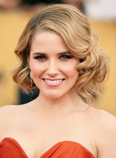 Sophia Bush with a Formal, Curly, Short, Blonde Hairstyle Pictures
