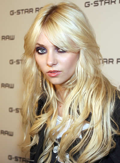Taylor Momsen Long, Sexy, Tousled Hairstyle