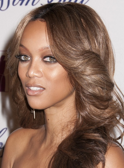 Tyra Banks' Long, Sexy, Chic, Wavy Hairstyle