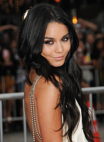 Vanessa Hudgens Sexy, Tousled Hairstyle