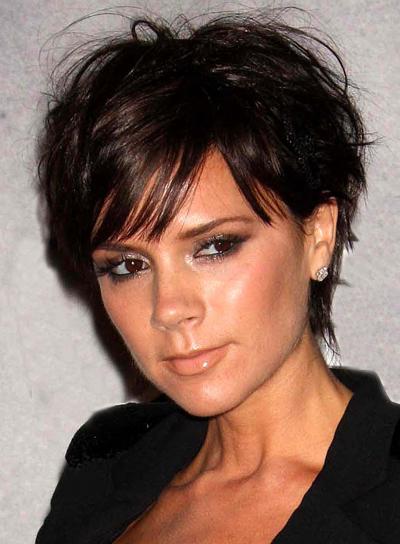 Victoria Beckham Short, Layered, Chic Hairstyle